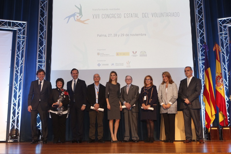 Letizia with winners at National Conference on Volunteering