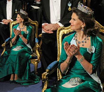 Queen Silvia green gown Nobel Prize Awards 2010