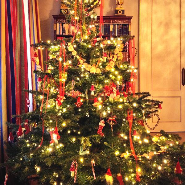 Clarence house Christmas tree