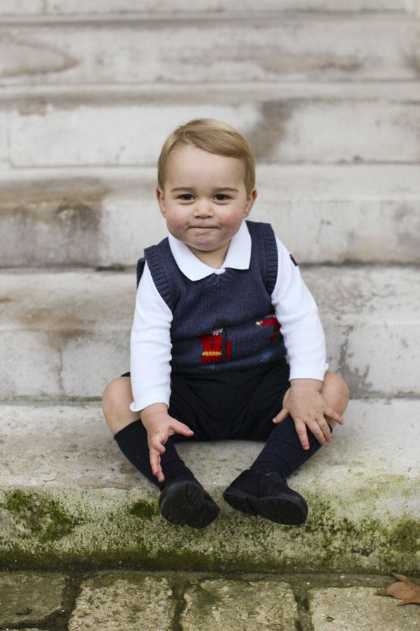 Prince George Christmas Photo 3
