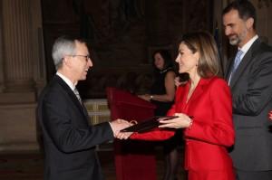 Letizia presents award at National Research Awards 2014