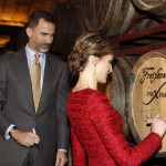 Letizia signs barrel at Cavas Freixenet