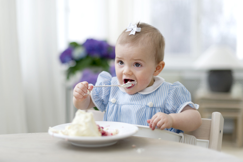 Princess Estelle 1 year eating desert