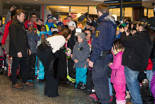 Princess Madeleine meets people on arrival