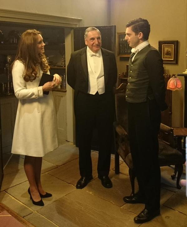 Kate touring Downton Abbey set 1