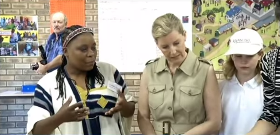 Sophie and Louise visit Ubunye Foundation 2