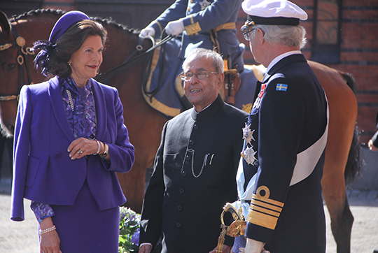 Sweden State Visit from India King and Queen greet President