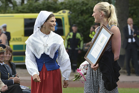 Crown Princess Victoria presents scholarship