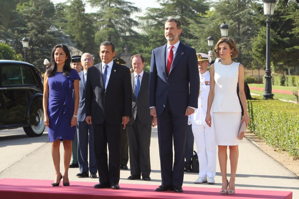 Queen Letizia, King Felipe, President of Peru welcome ceremony July 7 2