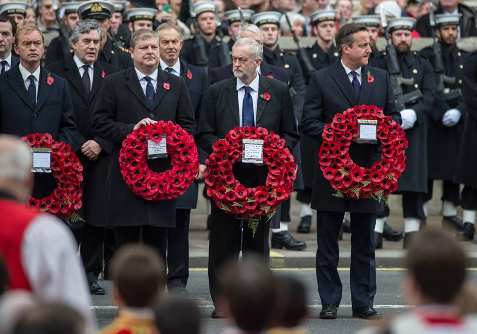 The party leaders lay wreaths