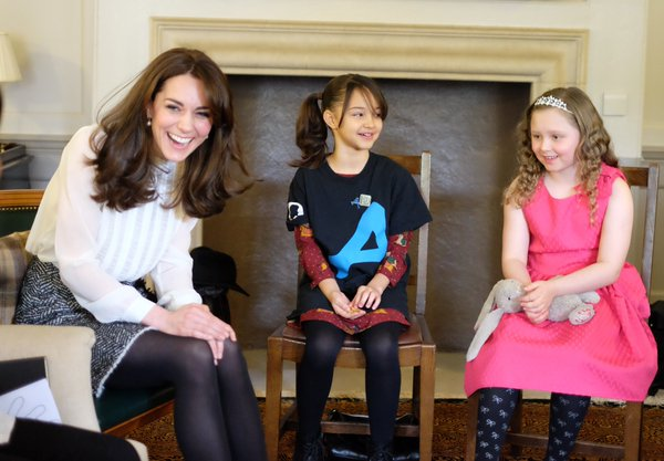 Kate chats with kids HuffPo guest editor 1