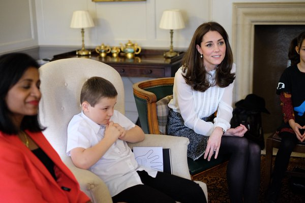 Kate chats with kids HuffPo guest editor 2