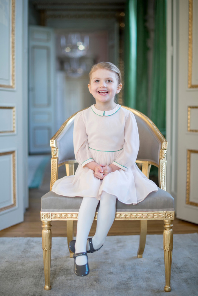 Princess Estelle 4th birthday 1