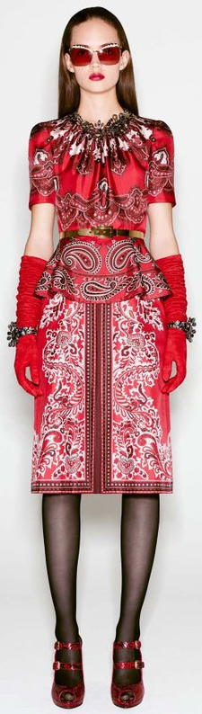 Alexander McQueen pre-fall 2016 collection