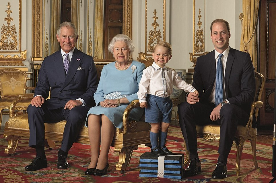 Queen's 90th birthday stamp with heirs
