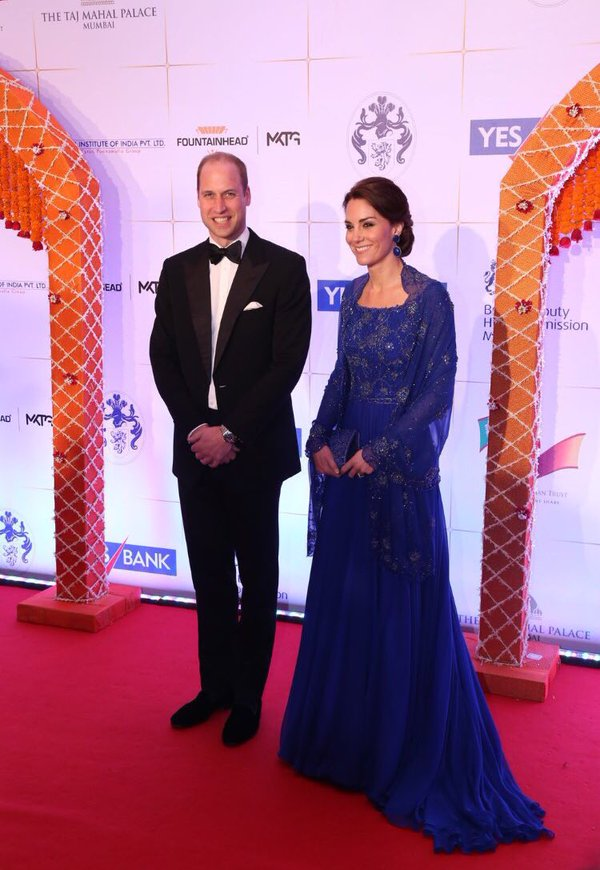 William and Kate arrive at Bollywood gala