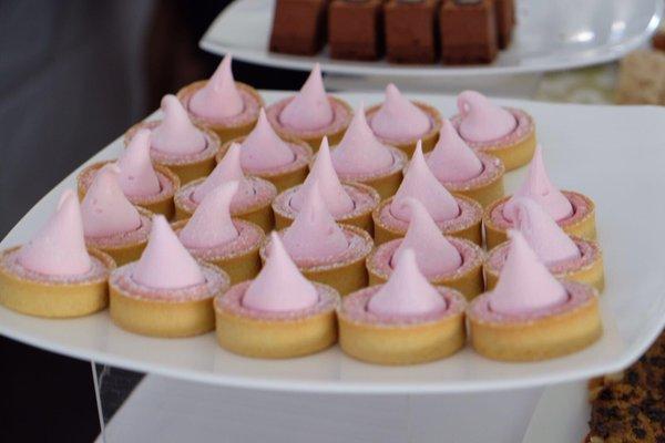 BP Garden Party cakes