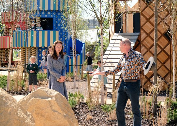Kate at Magic Garden 3