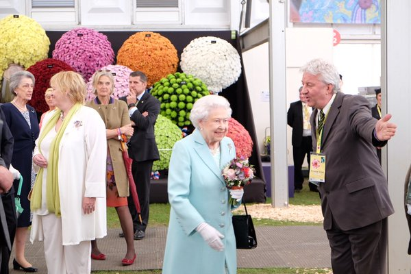 Queen at Chelsea Flower Show 1