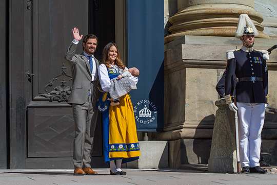 Carl Philip, Sofia, Alexander open Royal Palace for National Day 2016