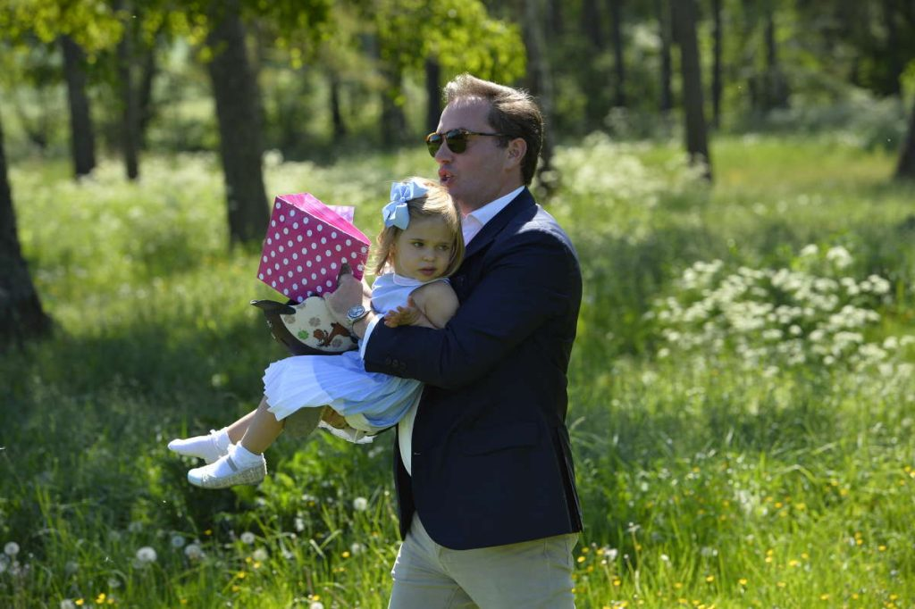 Chris O'Neill retrieves Princess Leonore after running away in Gotland