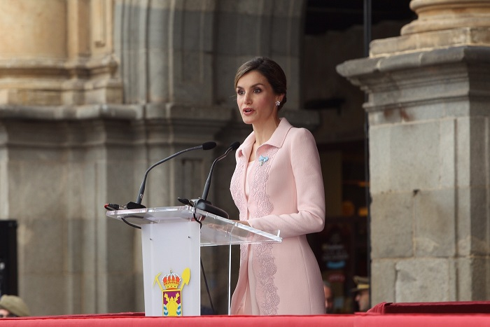 Letizia gives speech at flag presentation s