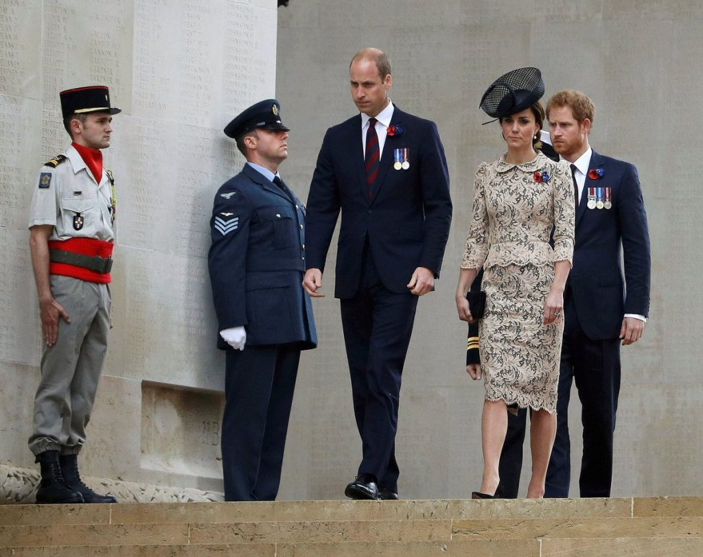 William, Kate, Harry arrive for Somme commemoration