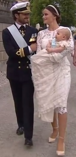 carl-philip-rubs-sofias-arm-leaving-alexanders-christening-s