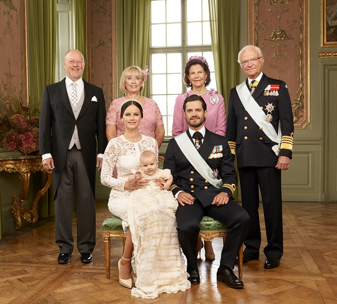 prince-alexander-christening-parents-photo-s