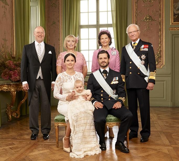 prince-alexander-christening-parents-photo-s