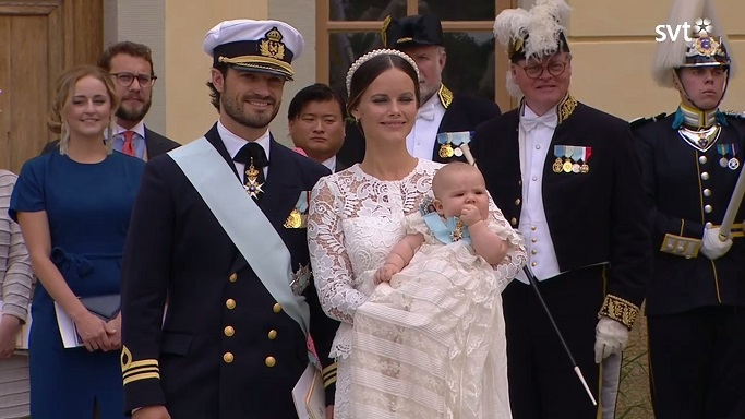prince-alexander-eating-his-baby-sash-s