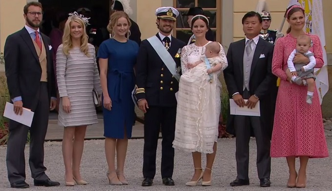 prince-family-with-godparents-at-prince-alexanders-christening-s