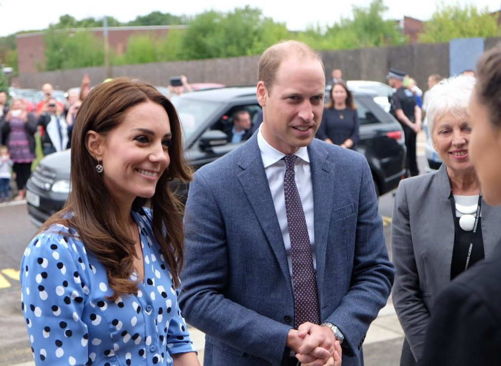 william-and-kate-arrive-at-stewards-academy