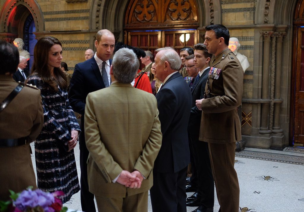 william-and-kate-met-relatives-of-vc-recipients