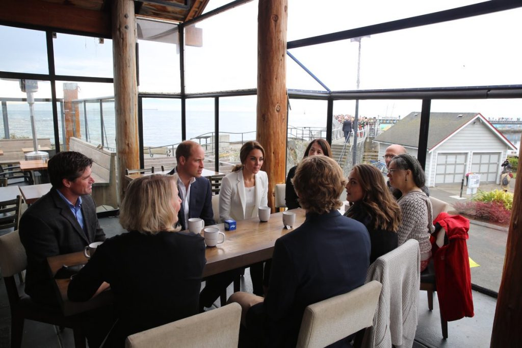 william-and-kate-talk-to-families-about-mental-health-day-8-canada-tour