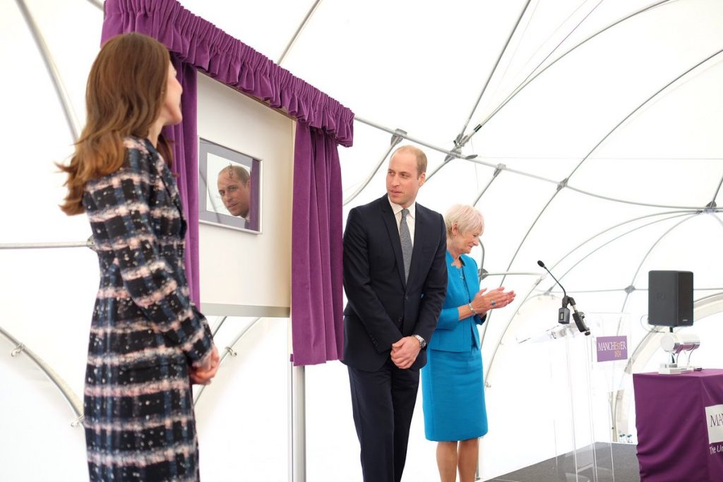 william-and-kate-unveil-plaque-at-university-of-manchester
