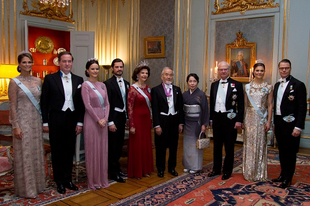 swedish-royals-at-the-nobel-laureates-dinner-2016-s