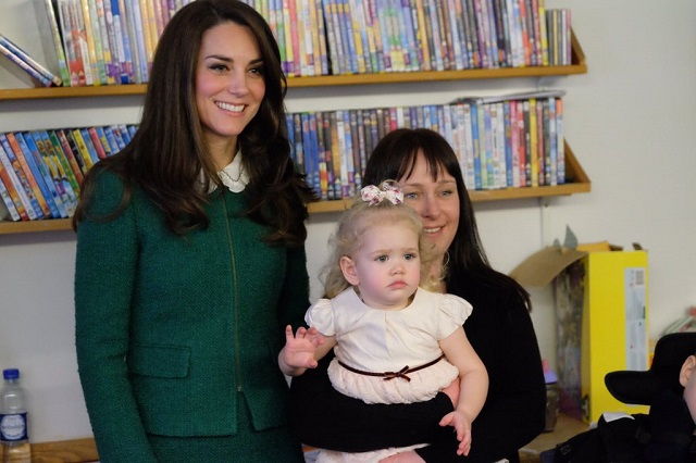 Kate meets children and families at EACH Jan 2017 2 s