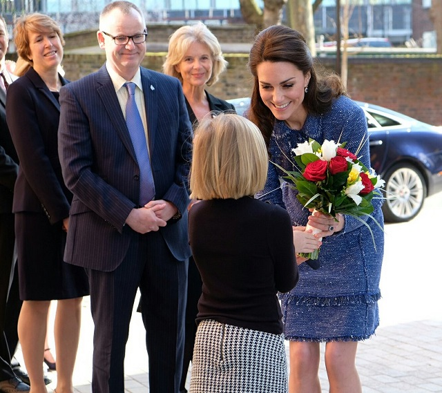 Kate arrives at Ronald McDonald House Feb 2017 s
