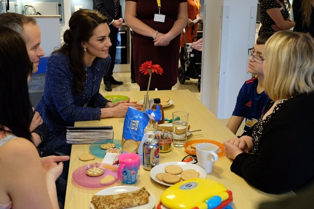 Kate meets families at Ronald McDonald House Feb 2017 1 s