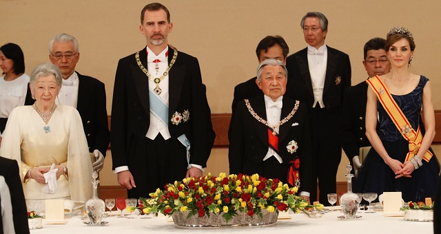Letizia, Felipe, Emperor and Empress of Japan April 2017