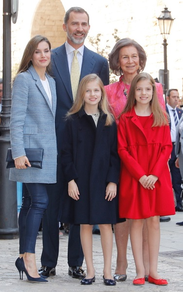 Spanish royals arrive for Easter Mass 2017