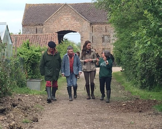 Kate at Farms for City Children cs