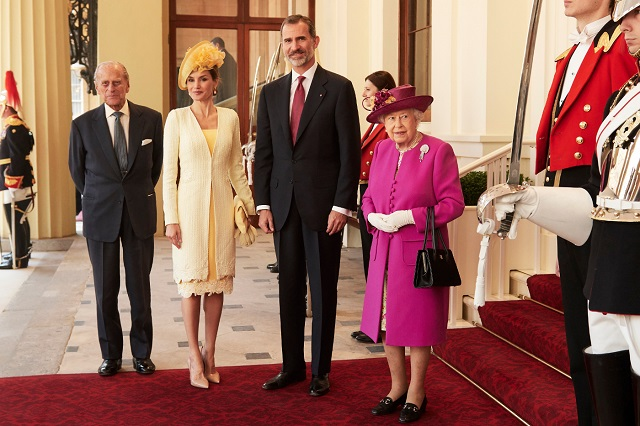 Felipe, Letizia arrive at Buckingham Palace with Queen, Philip UK State Visit Day 1 s