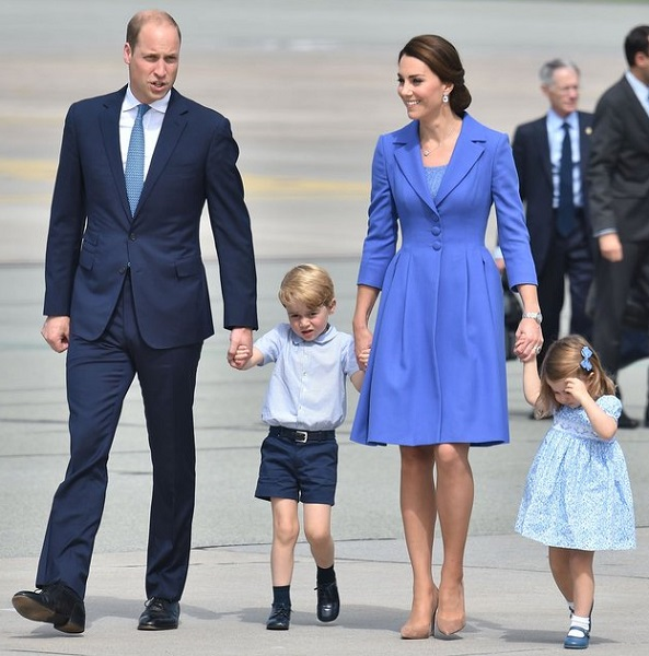 William, Kate, George, Charlotte leave Poland cs
