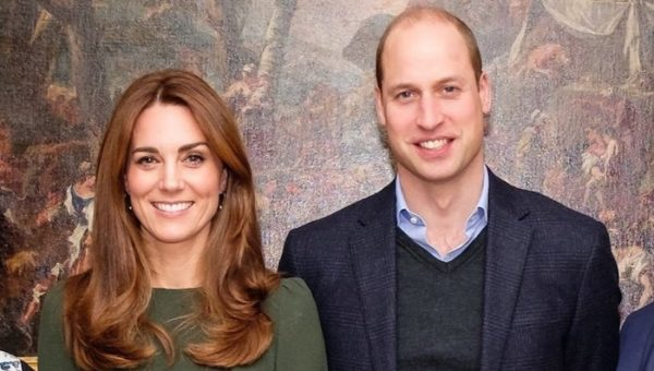Kate joins William for Tusk reception at KP, pulls out of Awards